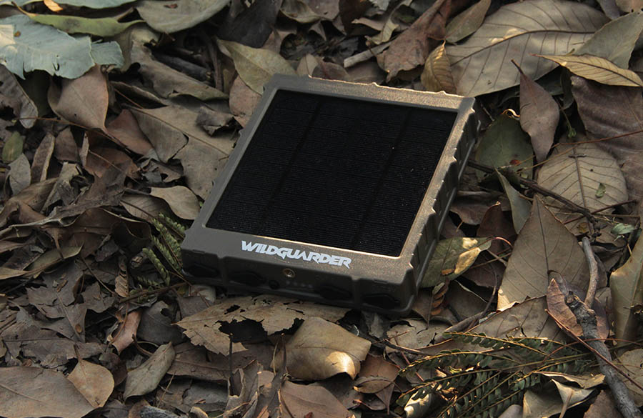 Wildguarder-S360-trail-camera-solar-panel-11